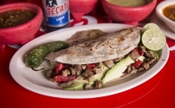 Los Tacos Parrillada